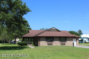 226 River Reach Drive, Swansboro, NC 28584