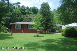 1715 Old Folkstone Road, Sneads Ferry, NC 28460