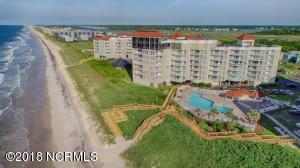 2000 New River Inlet Road, 2502