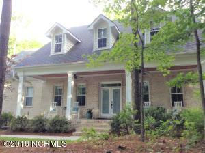 Welcome to 660 Jackeys Creek in Waterberry Plantation