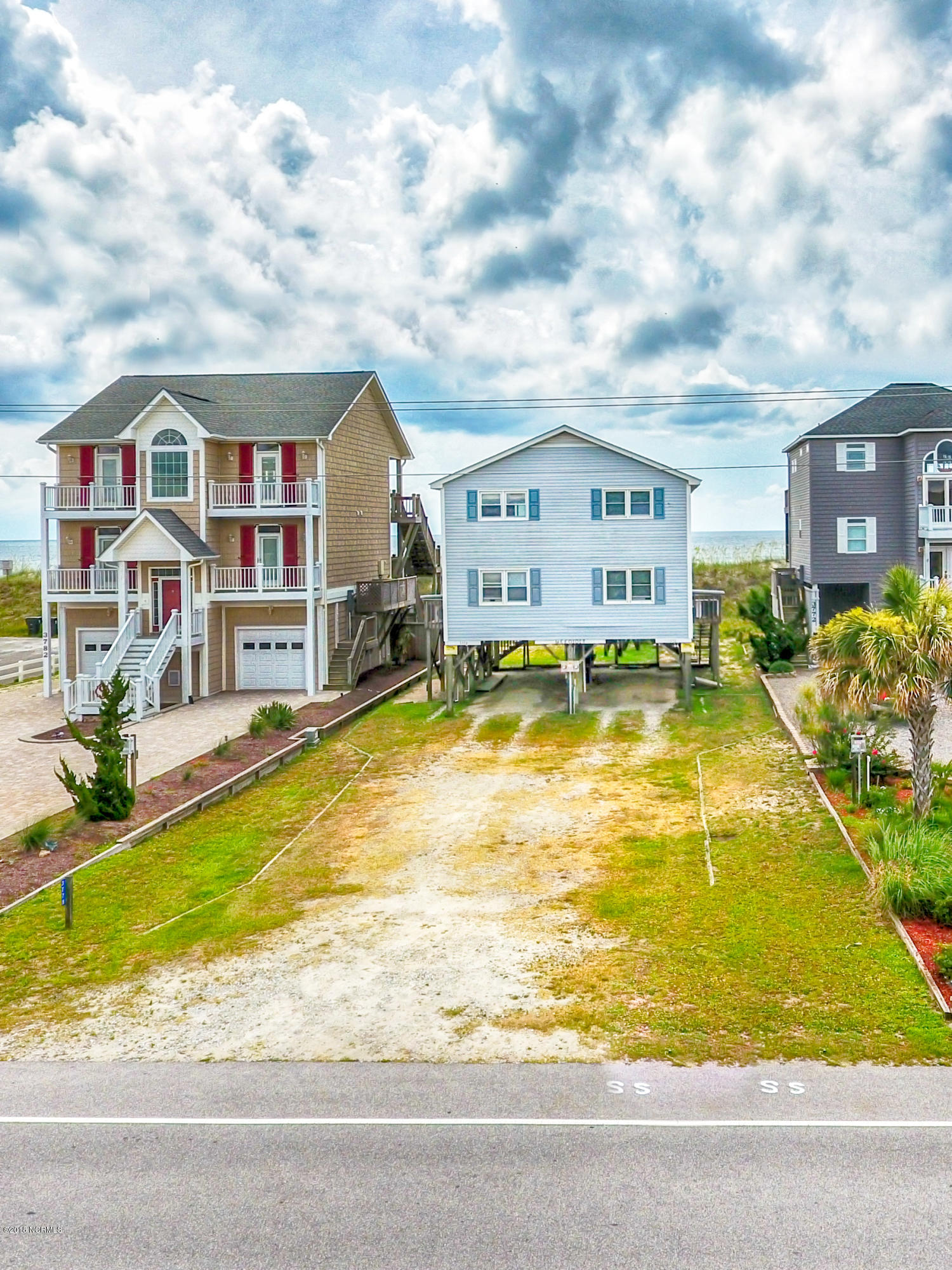 3776 Island Drive North Topsail Beach, NC 28460