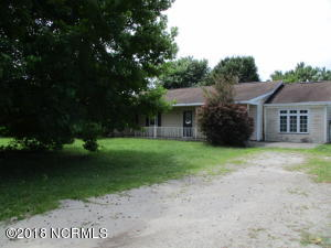 101 Friendly Lane, Hampstead, NC 28443