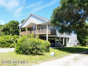 49 Oak Drive, Surf City, NC 28445
