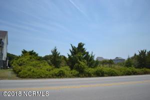 710 S Topsail Drive