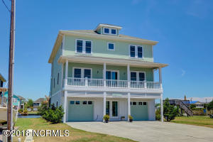 3022 3rd Street, Surf City, NC 28445