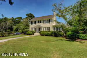 803 Colonial Drive, Wilmington, NC 28403