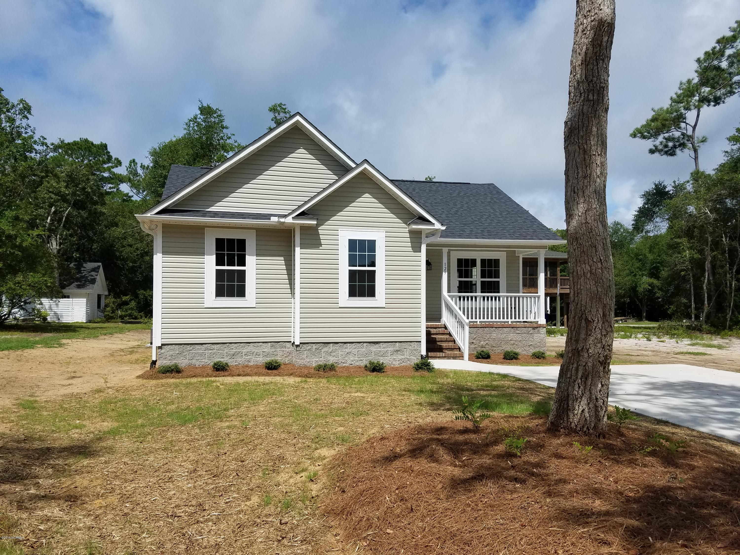 137 NW 16TH Street Oak Island, NC 28465