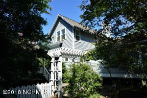 2002 Palmetto Cove Court, Bald Head Island, NC 28461