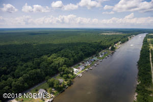 000000 Sea Gate Drive, Newport, NC 28570
