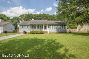 113 Foster Creek Court, Swansboro, NC 28584
