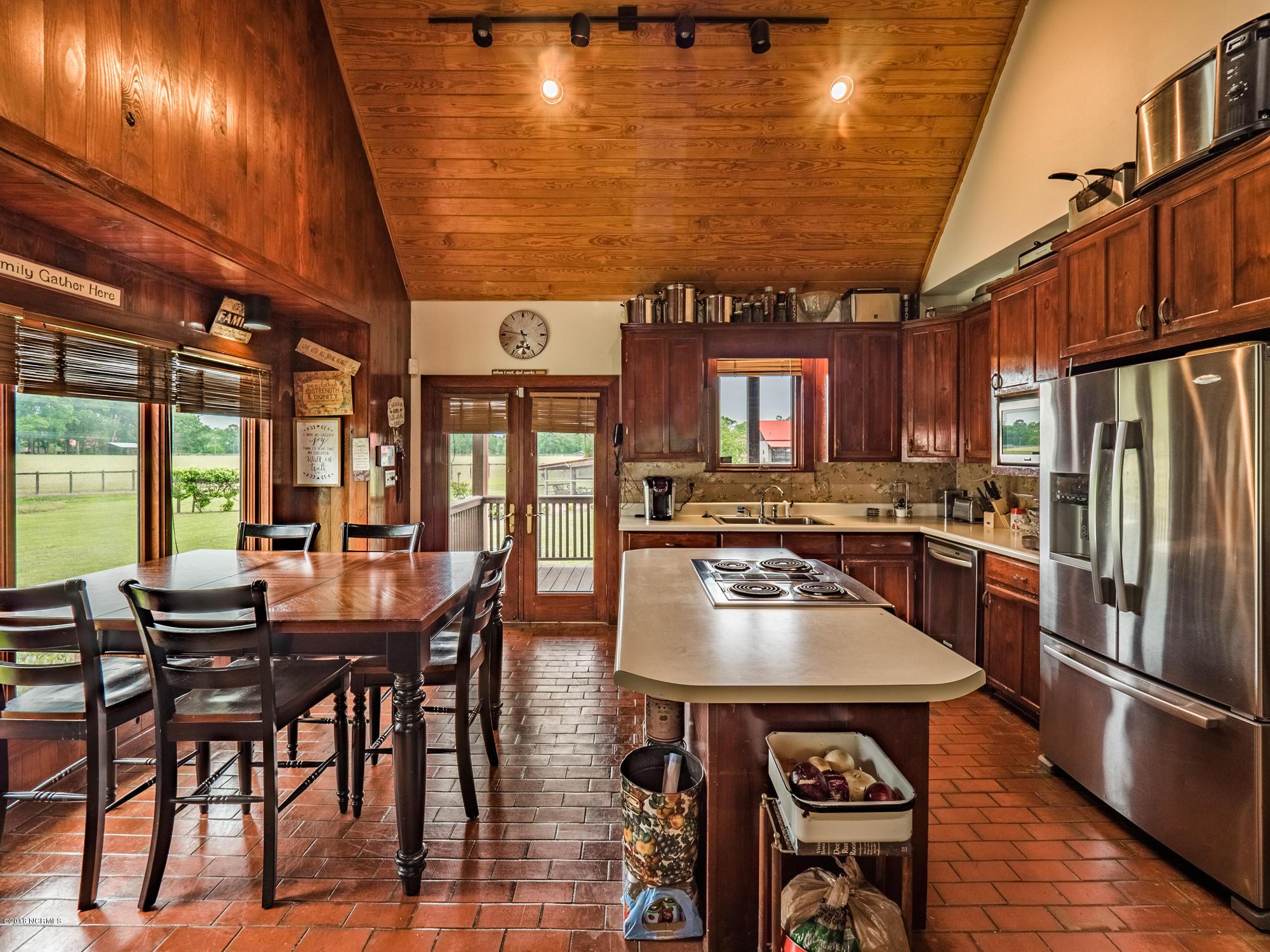 525 Longhorn Creek Lane Turkey, NC 28393