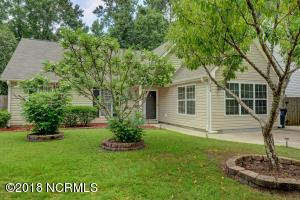 754 Oak Branches Close SE, Belville, NC 28451