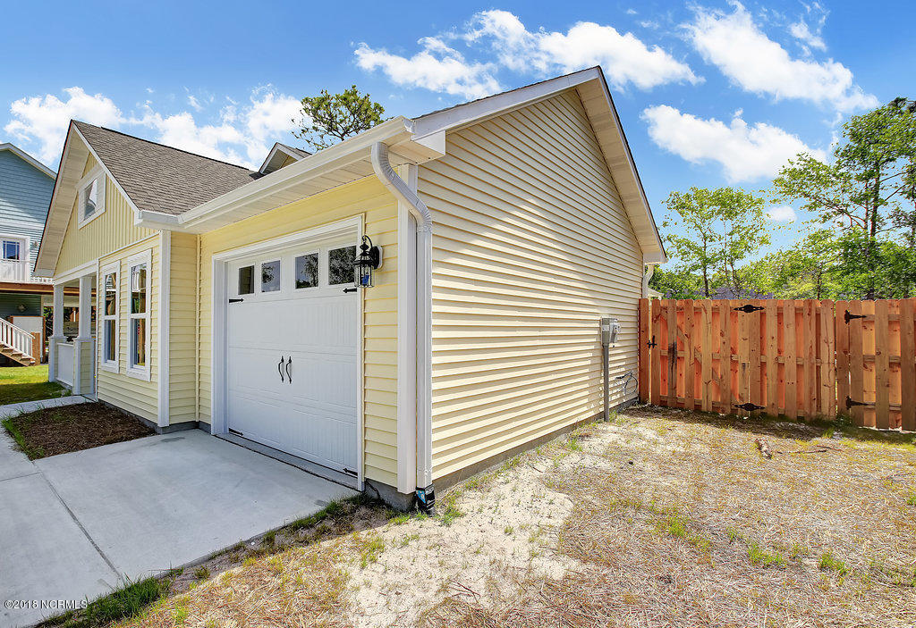 129 NE 23RD Street Oak Island, NC 28465