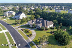 402 W Island View Drive, Hampstead, NC 28443