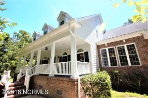 110 Canvasback Point, Hampstead, NC 28443