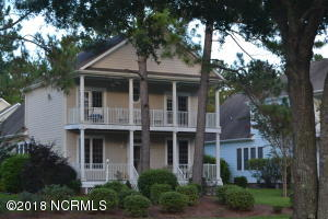 Beautiful Charleston style home in Sea Trail Plantation.