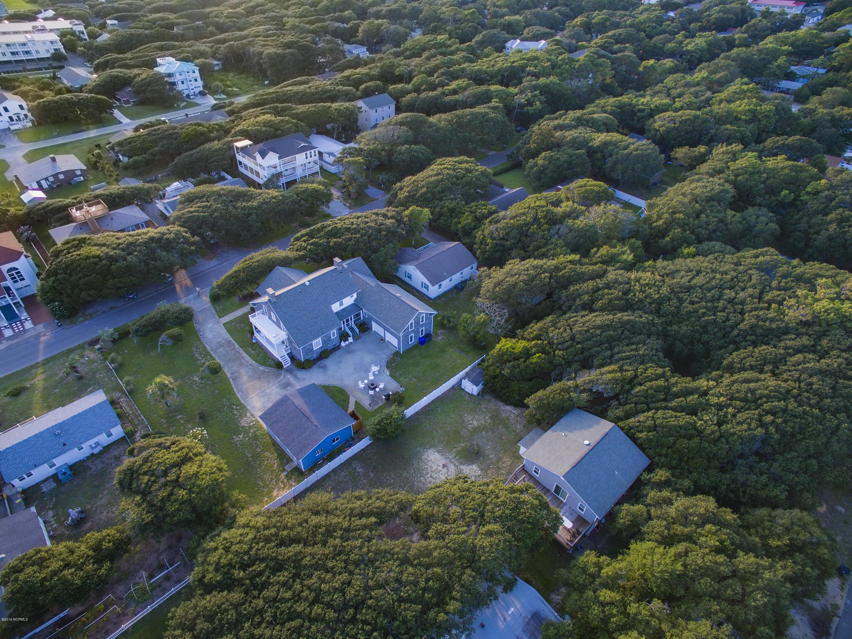 208 Norton Street Oak Island, NC 28465