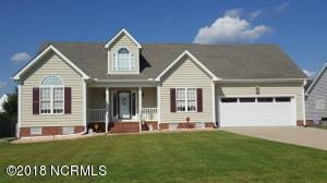 Beautiful home with inground pool and vinyl fence!
