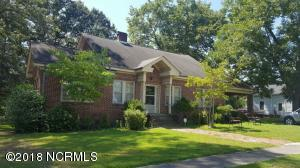 111 S Broad Street, Robersonville, NC 27871