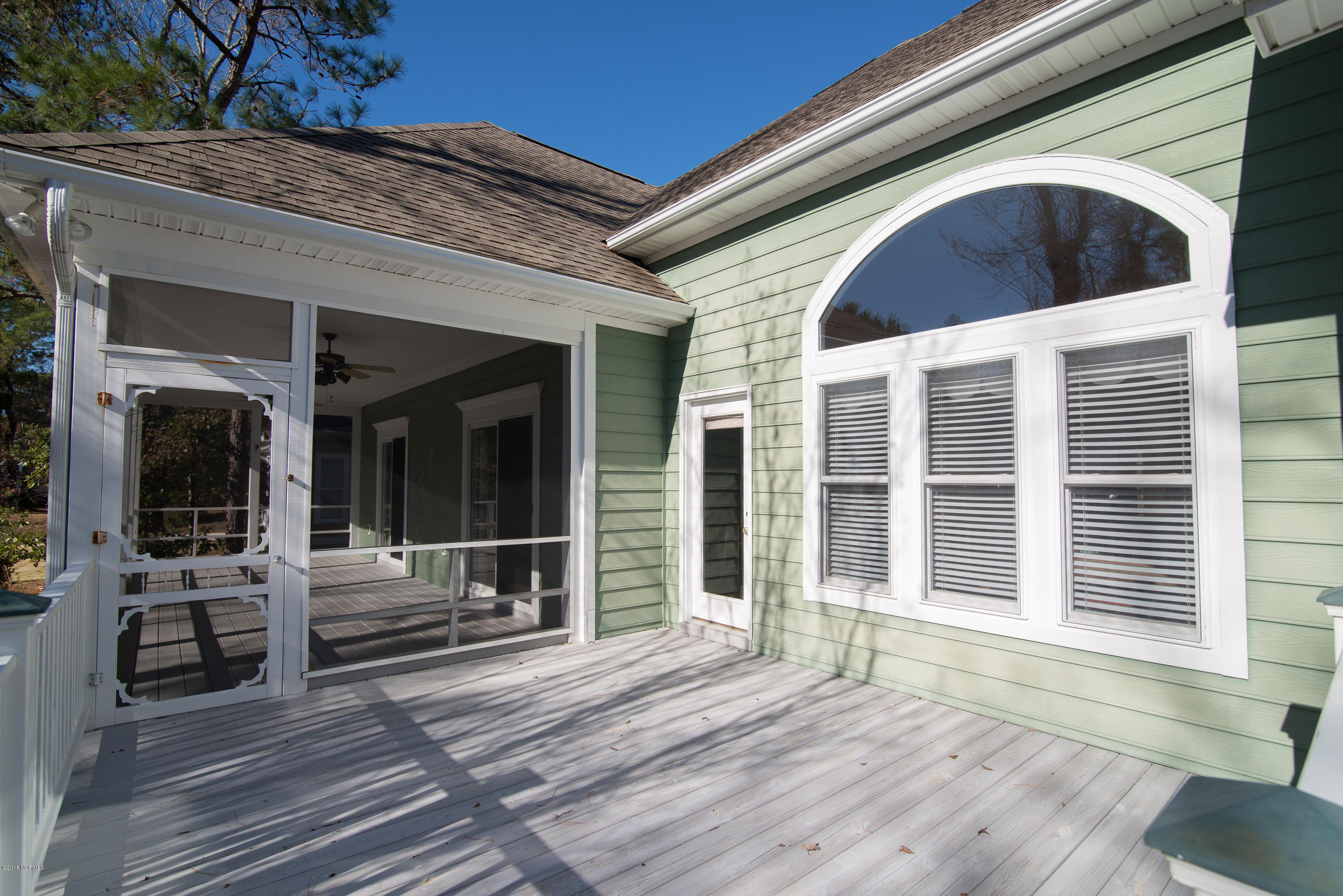 2706 Harbormaster Drive Southport, NC 28461
