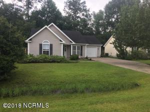 738 Oak Branches Close SE, Belville, NC 28451