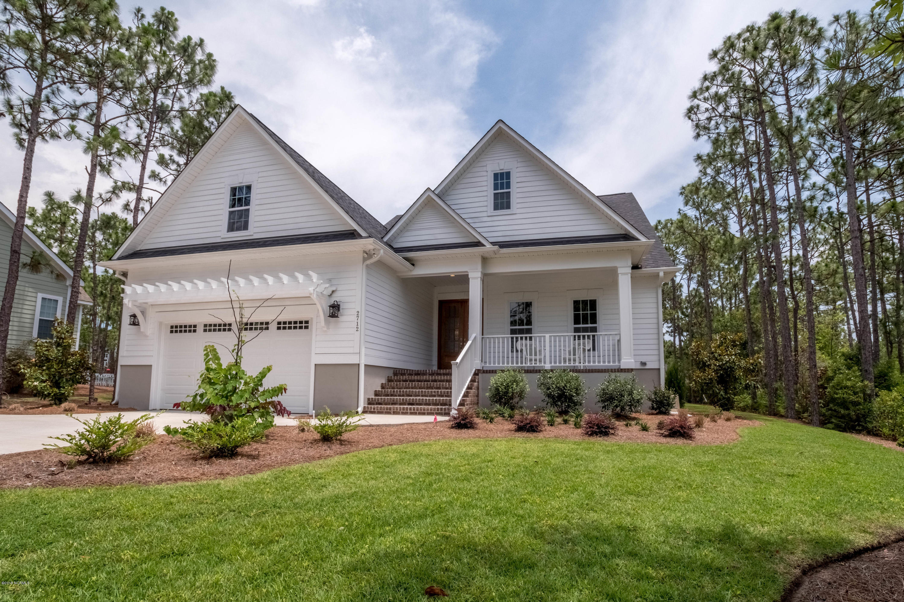 2712 Shady Pine Circle Southport, NC 28461