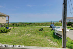 8607 3rd Avenue, North Topsail Beach, NC 28460