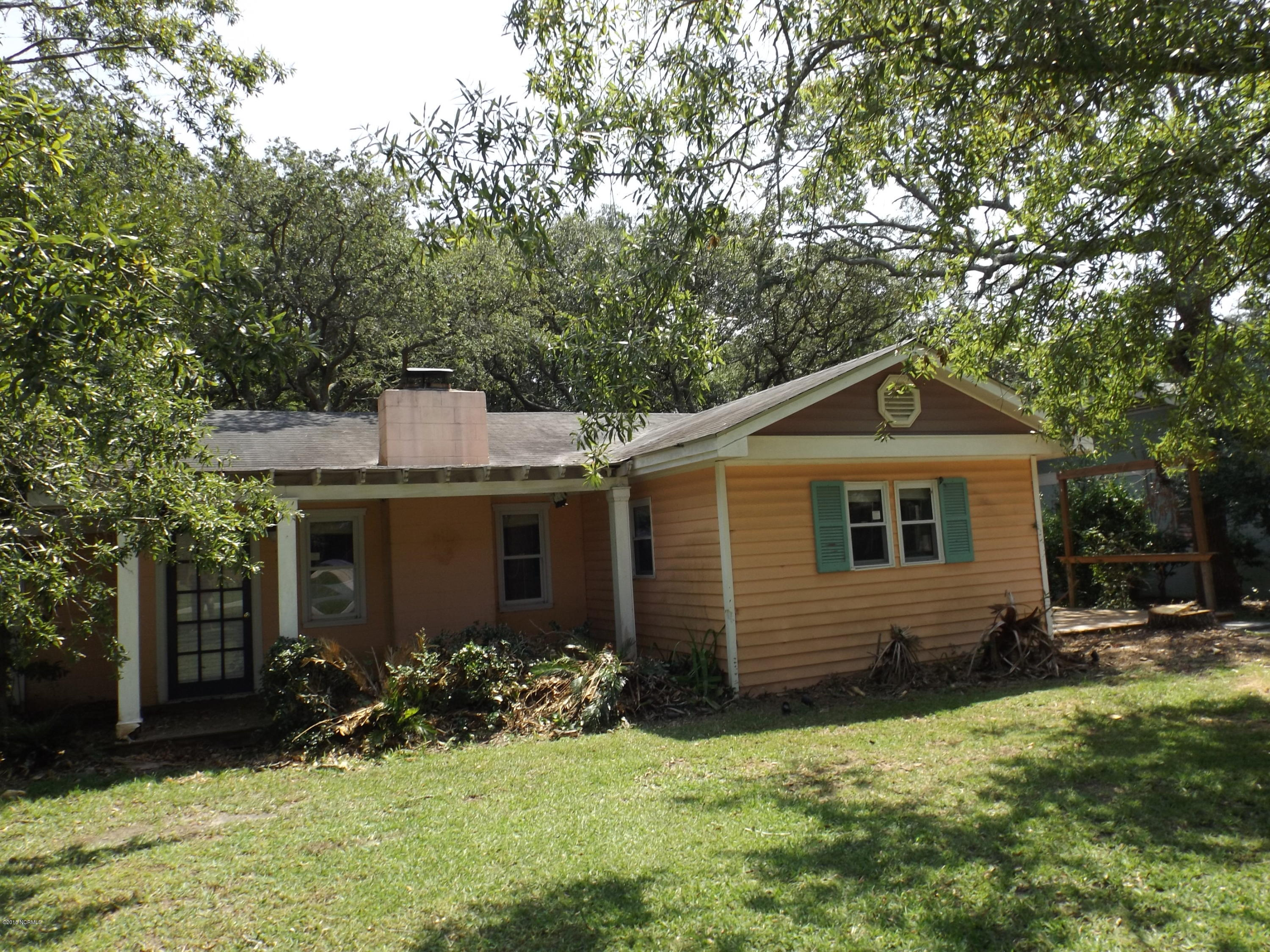 312 SE 79TH Street Oak Island, NC 28465