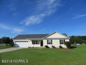 711 Batchelor Road, Richlands, NC 28574