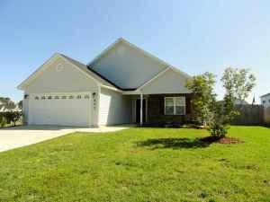 603 Walkens Woods Lane, Jacksonville, NC 28546