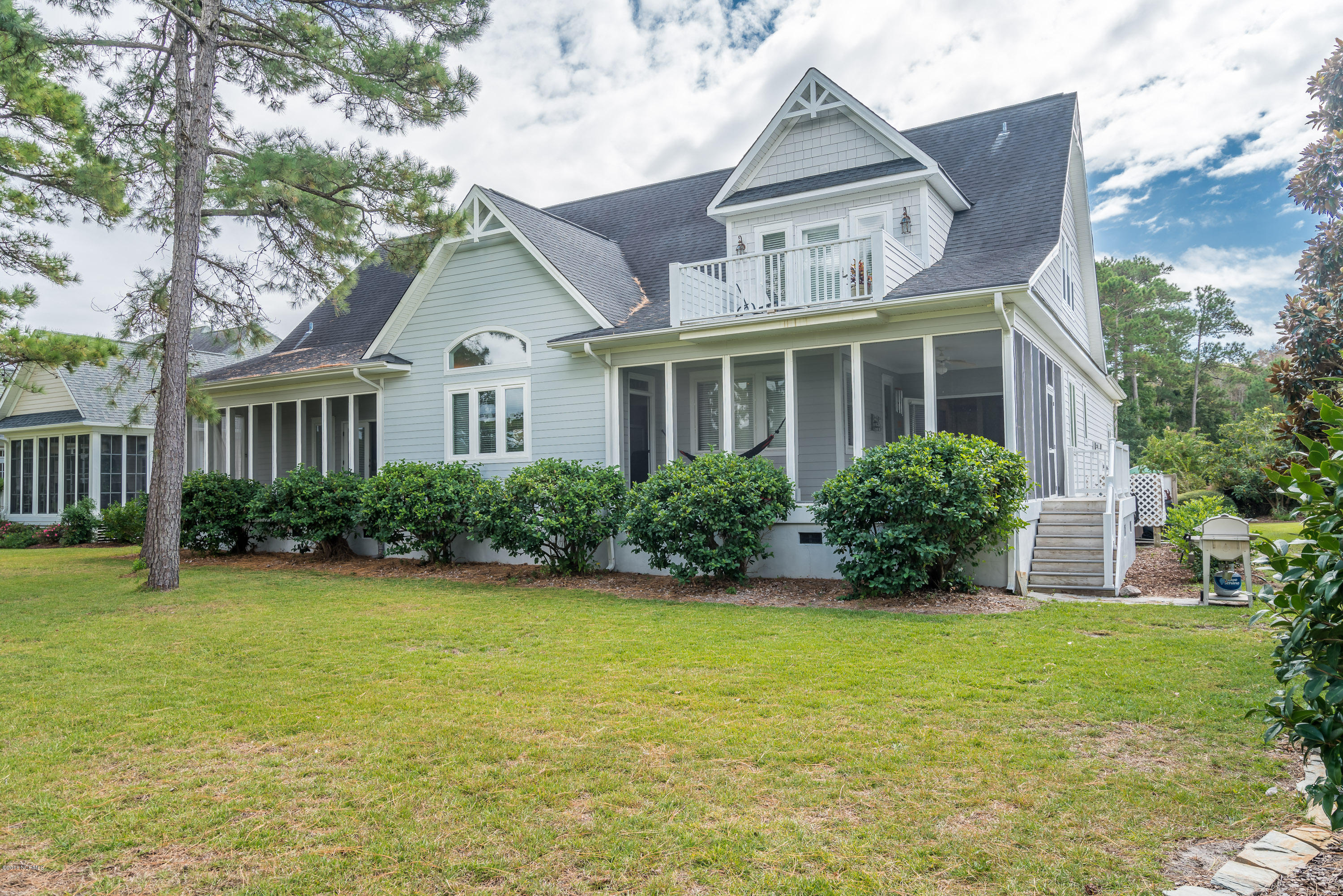 2762 Harbormaster Drive Southport, NC 28461