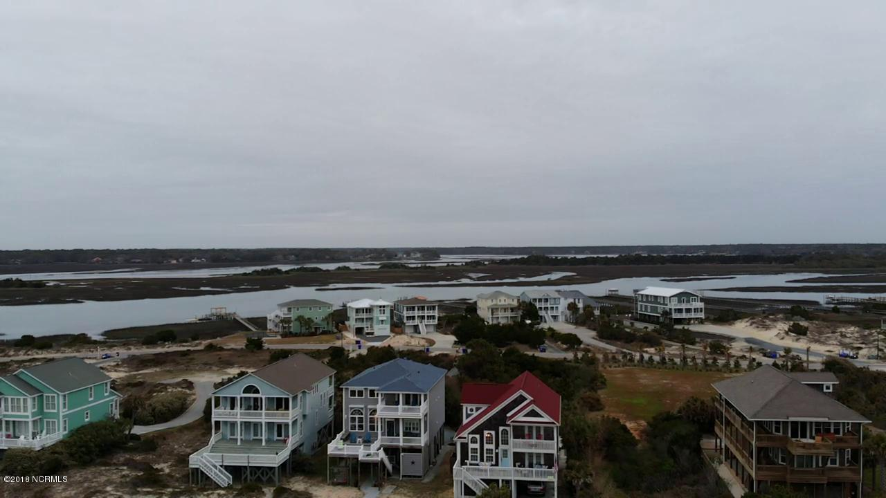 6901 Kings Lynn Drive Oak Island, NC 28465