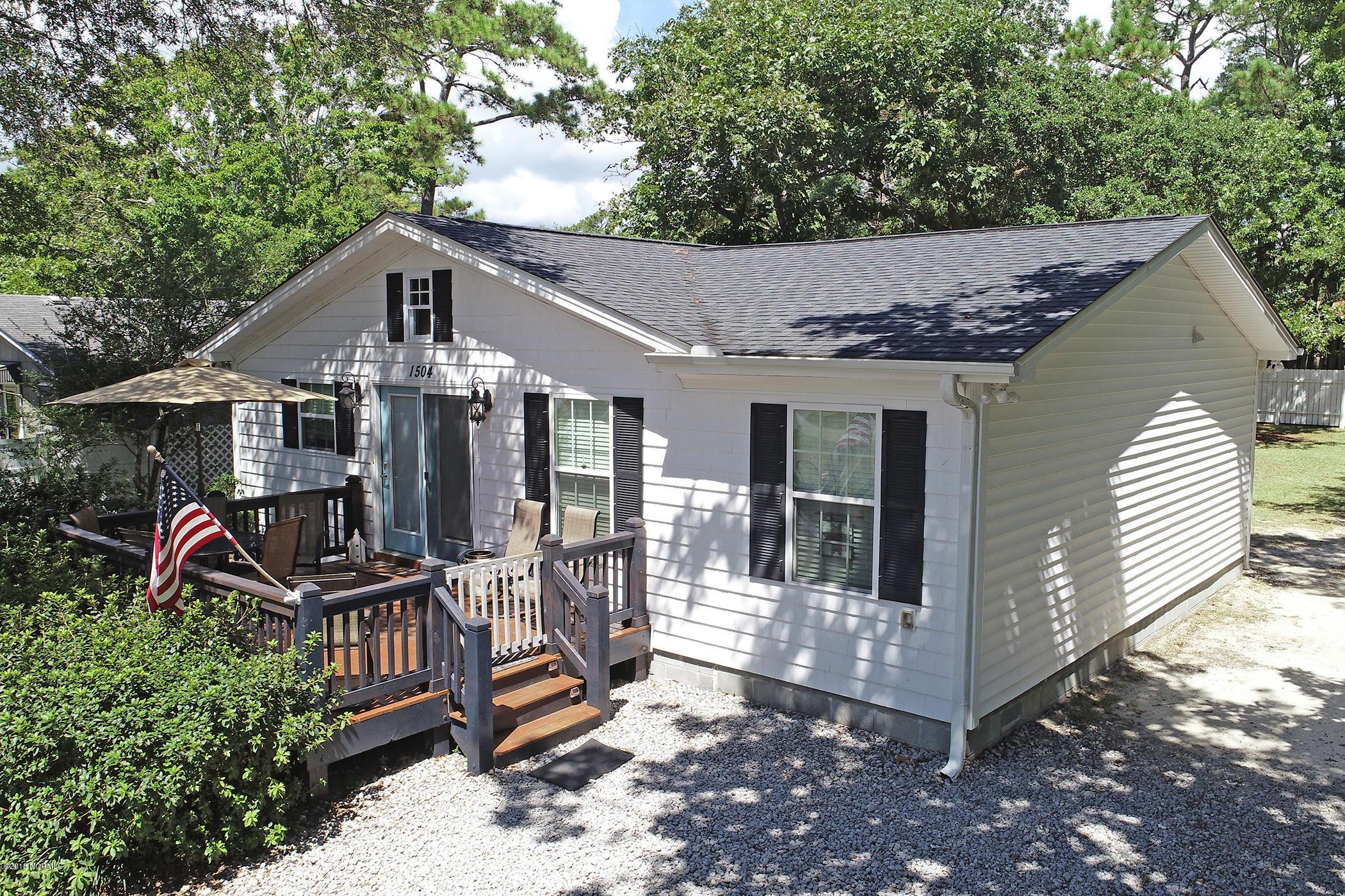 1504 E Oak Island Drive Oak Island, NC 28465