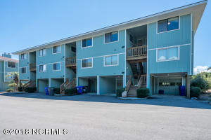 11 Ocean Court, Caswell Beach, NC 28465