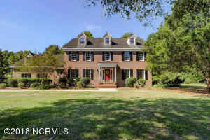 250 Mare Pond Place, Hampstead, NC 28443