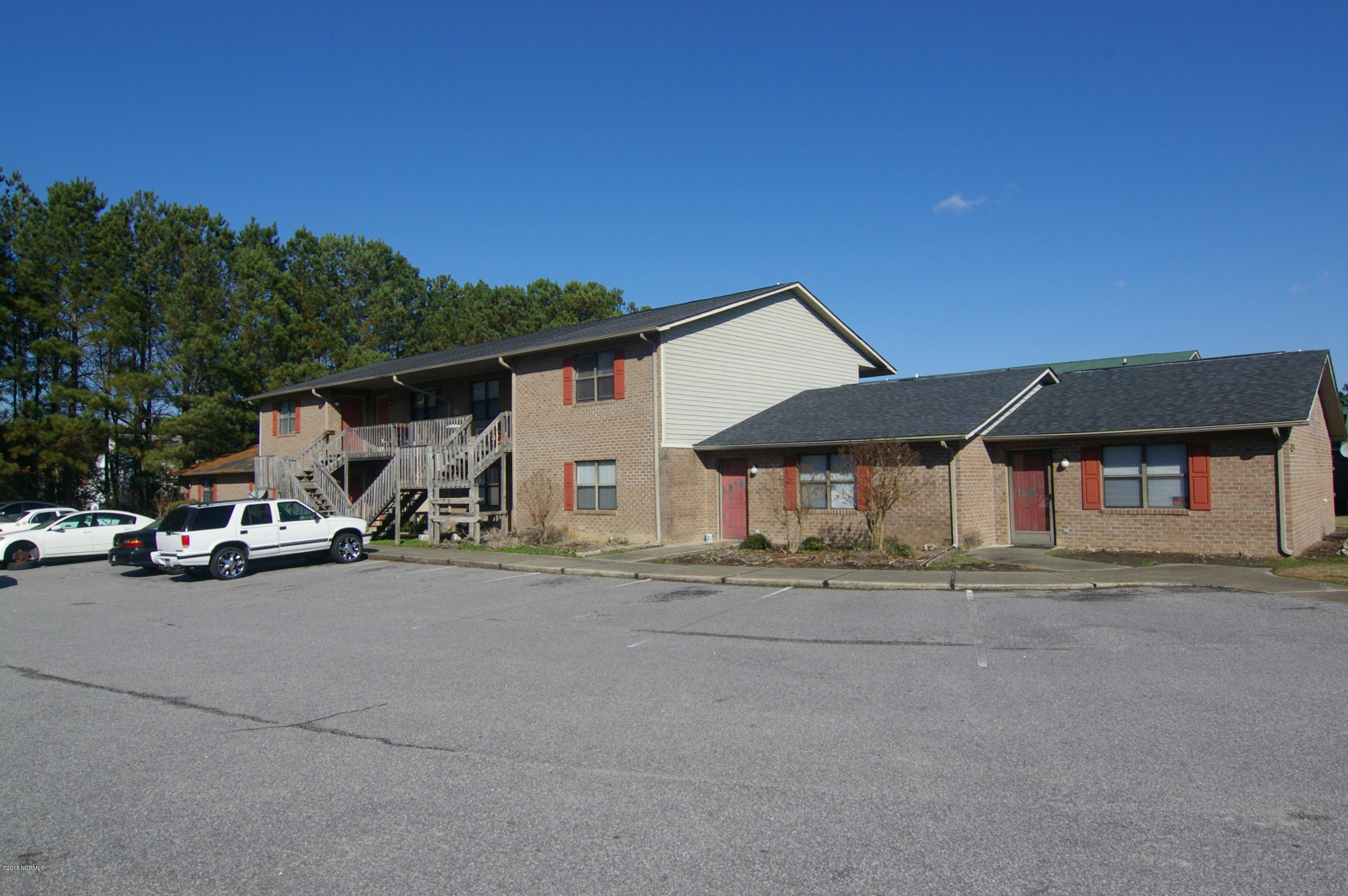 Property for sale at 3212 Summer Place Place Unit: P, Greenville,  NC 27834