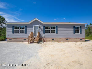 187 9 Mile Road, Maple Hill, NC 28454