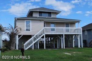 138 Lions Paw Street, Holden Beach, NC 28462
