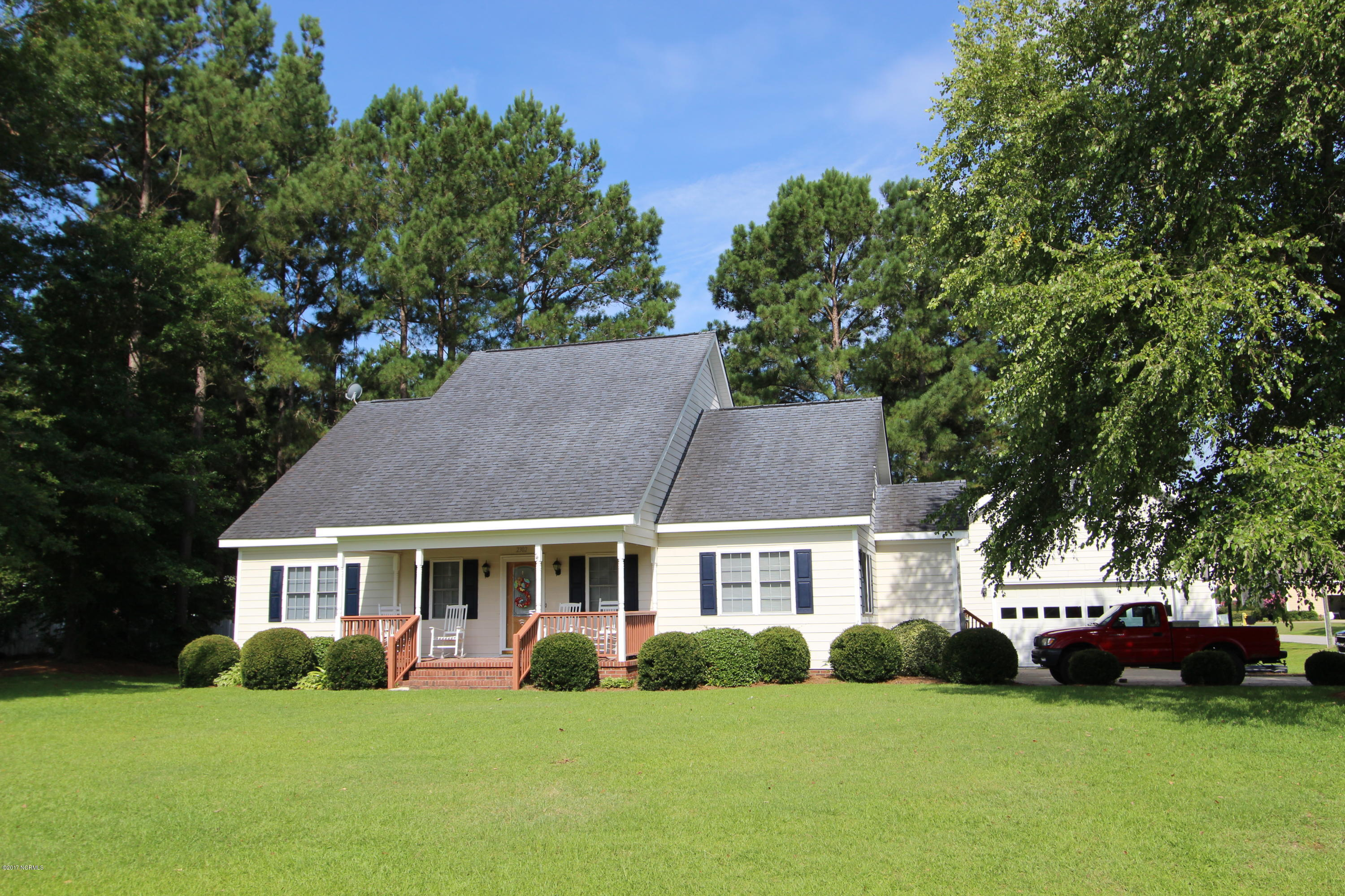 Property for sale at 2302 Summerfield Drive, Tarboro,  NC 27886