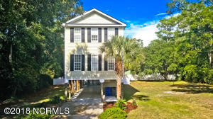 103 SW 29th Street, Oak Island, NC 28465