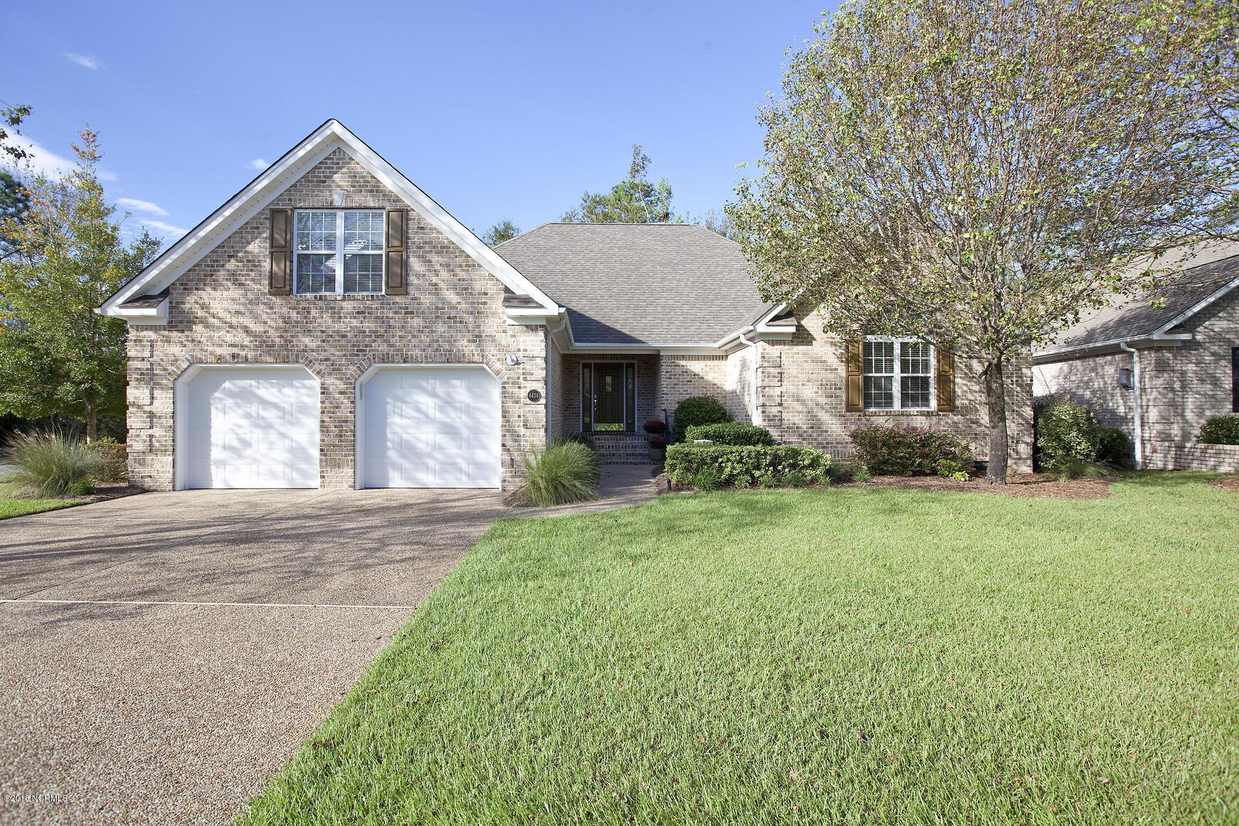 4434 Grey Oaks Court- Wilmington- North Carolina 28412, 4 Bedrooms Bedrooms, 8 Rooms Rooms,3 BathroomsBathrooms,Residential,For Sale,Grey Oaks,100137253