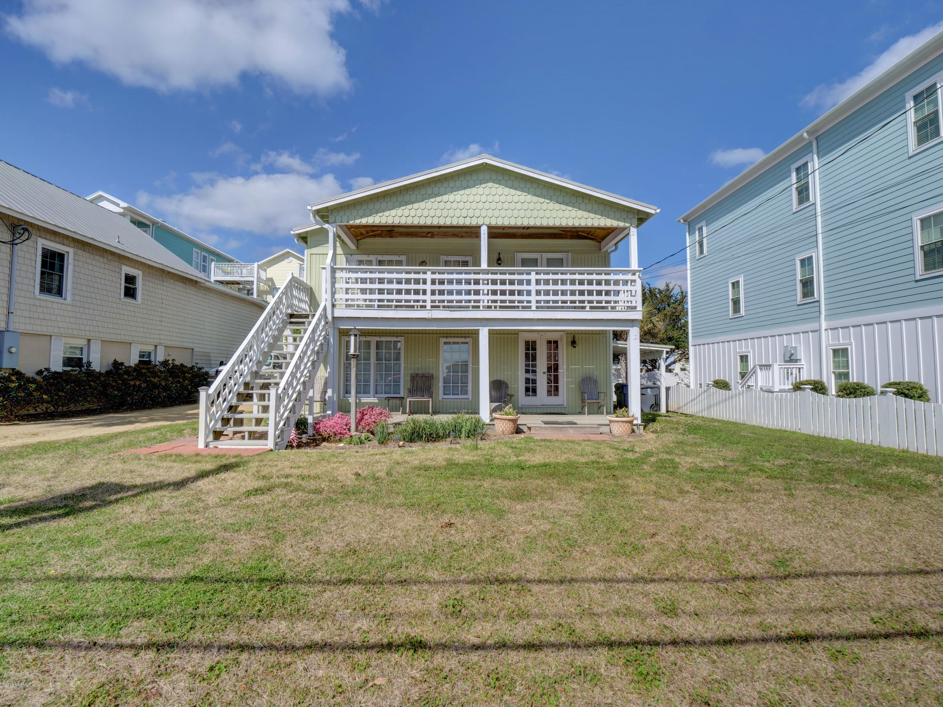 1104 S Lake Park Boulevard Carolina Beach, NC 28428