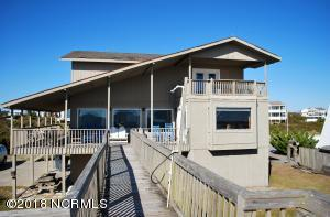 313 Ocean Boulevard E, Holden Beach, NC 28462