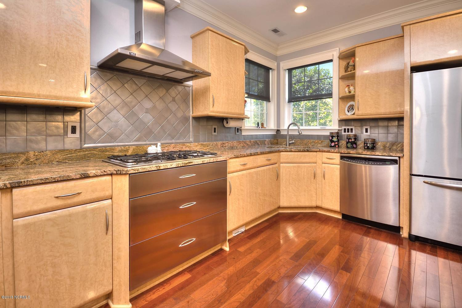 4015 Newhall Court Southport, NC 28461