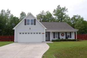 510 SW Ridge Drive, Richlands, NC 28574