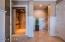 Full size elevator