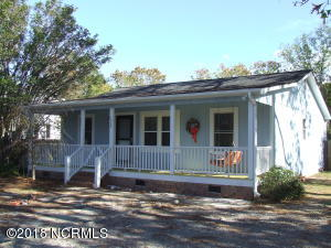 1822 E Boiling Spring Road, Southport, NC 28461