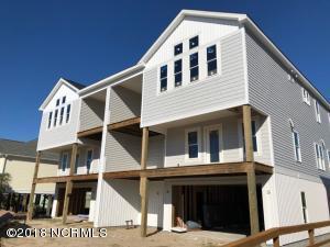203 16th Place E, Oak Island, NC 28465