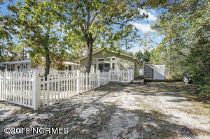 127 NW 10th Street, Oak Island, NC 28465