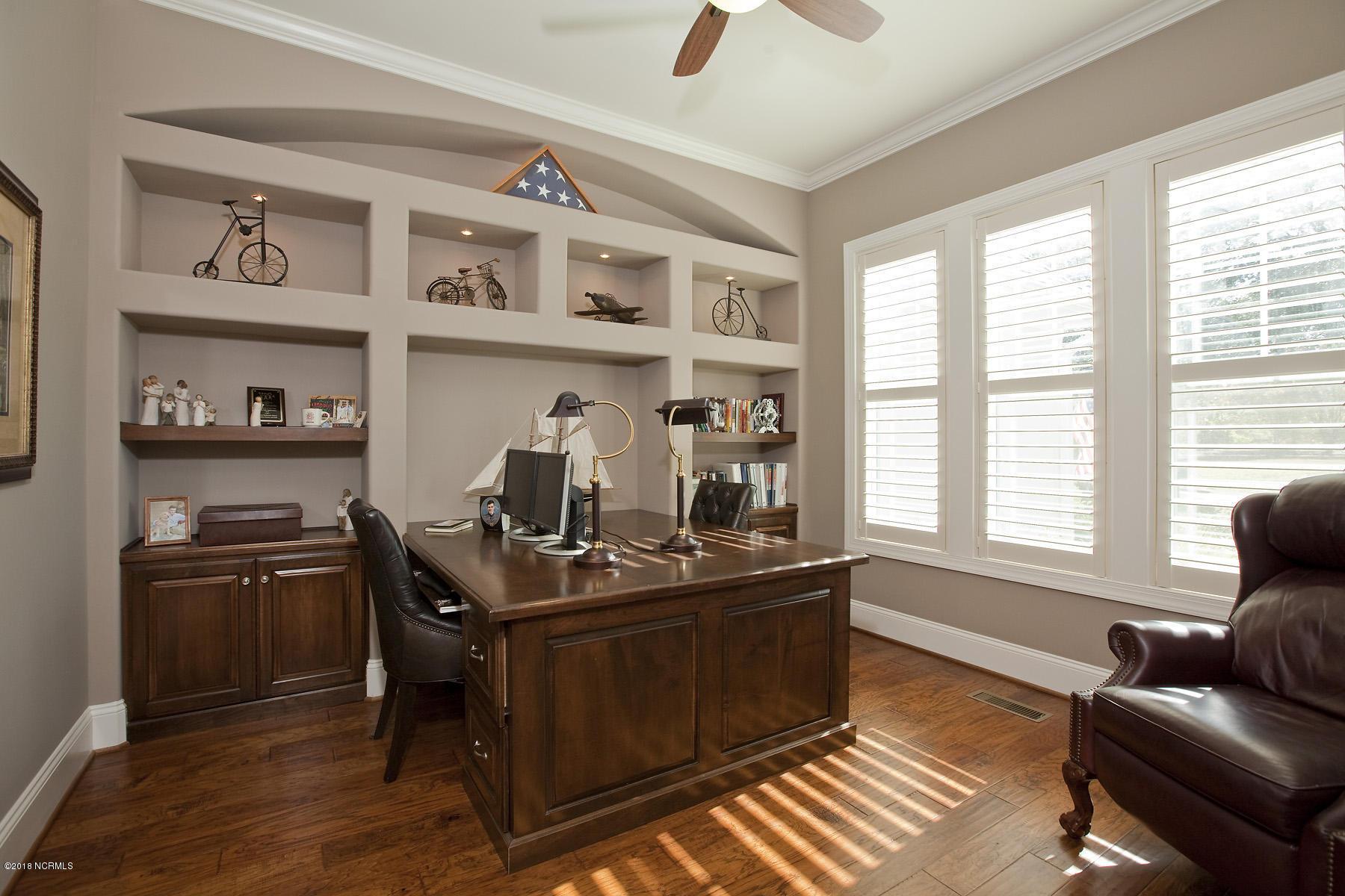 5416 Aventuras Drive, Wilmington, North Carolina 28409, 5 Bedrooms Bedrooms, 13 Rooms Rooms,4 BathroomsBathrooms,Residential,For Sale,Aventuras,100142726